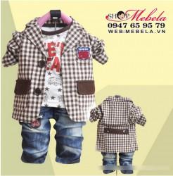 BT540 Bộ vest bé trai set 3 gồm áo vest kẻ nâu, áo nỉ, quần bò size 12,13 kg