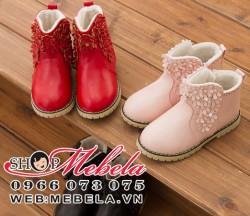 B17 Boot lót lông gắn hoa cho bé size 25 đến 32 (1 đến 7 tuổi)