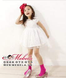 V143 Váy ren trắng sang trọng nhẹ mát trên 5 tuổi