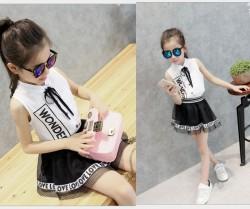 V2069 Áo sơ mi sát nách trắng kèm chân váy lưới LOVE style Hàn cho bé 2,5t - 7t (13kg - 25kg )