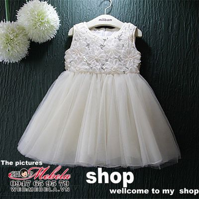 V2000 - Váy công chúa trắng hoa ren cho bé 2,5t - 6t (13-24kg)
