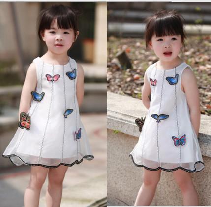 V2055 Váy voan trắng trang trí bướm xinh cho bé 2t - 5t (12kg - 19kg)