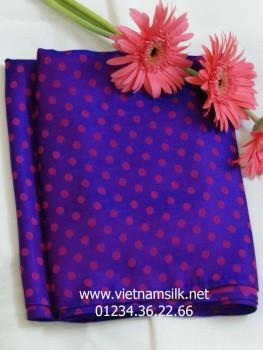 Vải lụa tơ tằm họa tiết chấm bi tím cẩm V.39