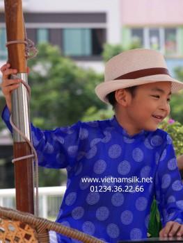 Áo dài cho bé trai lụa Hà Đông-AT.80- Màu xanh nước biển họa tiết đồng xu