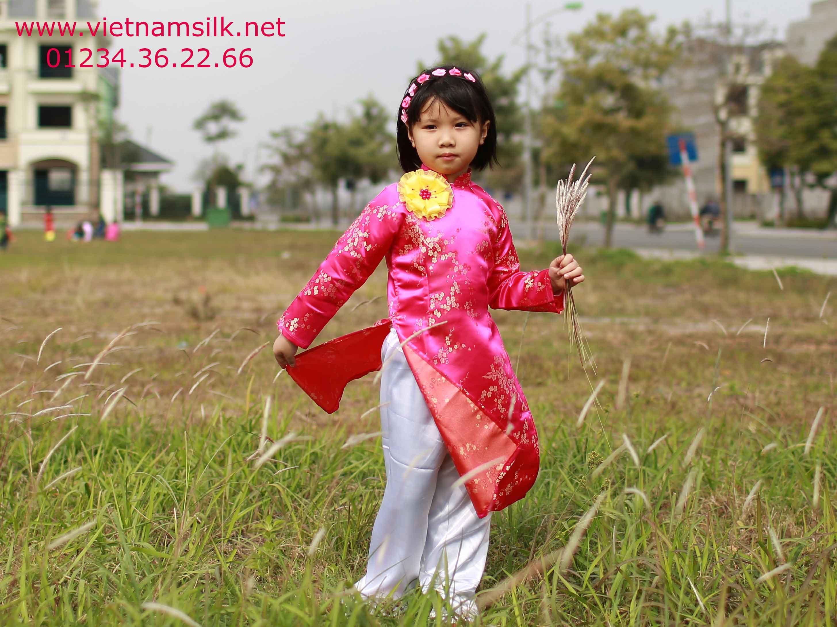 Áo dài cho bé gái-Hoa mai vàng nền hồng sen