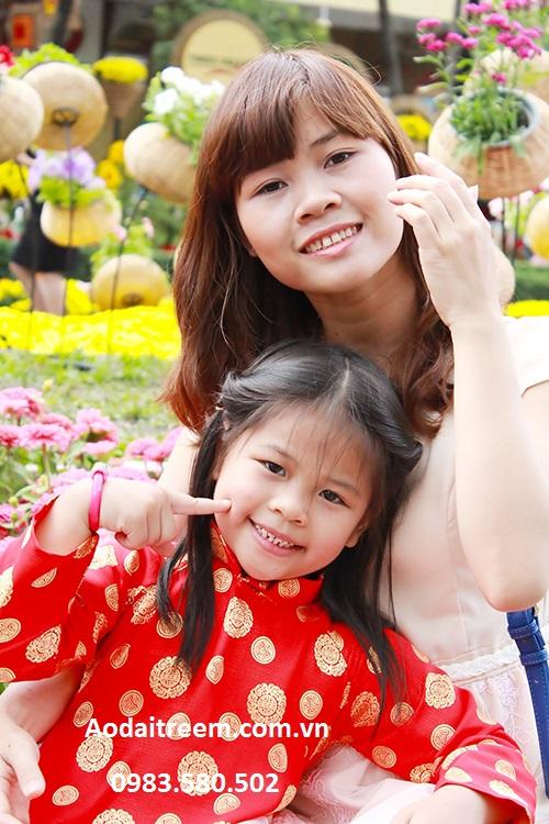 Áo dài trẻ em cho bé gái