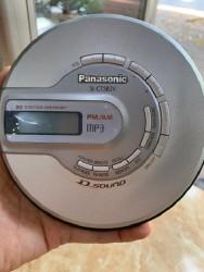 MÁY NGHE ĐĨA CD WALKMAN ,  MÁY CD CẦM TAY PANASONIC SL-CT582V  chạy được CDmp3