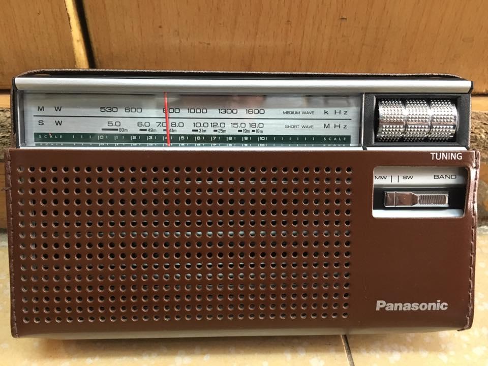 ĐÀI RADIO 2 băng AM/SW PANASONIC R-218D