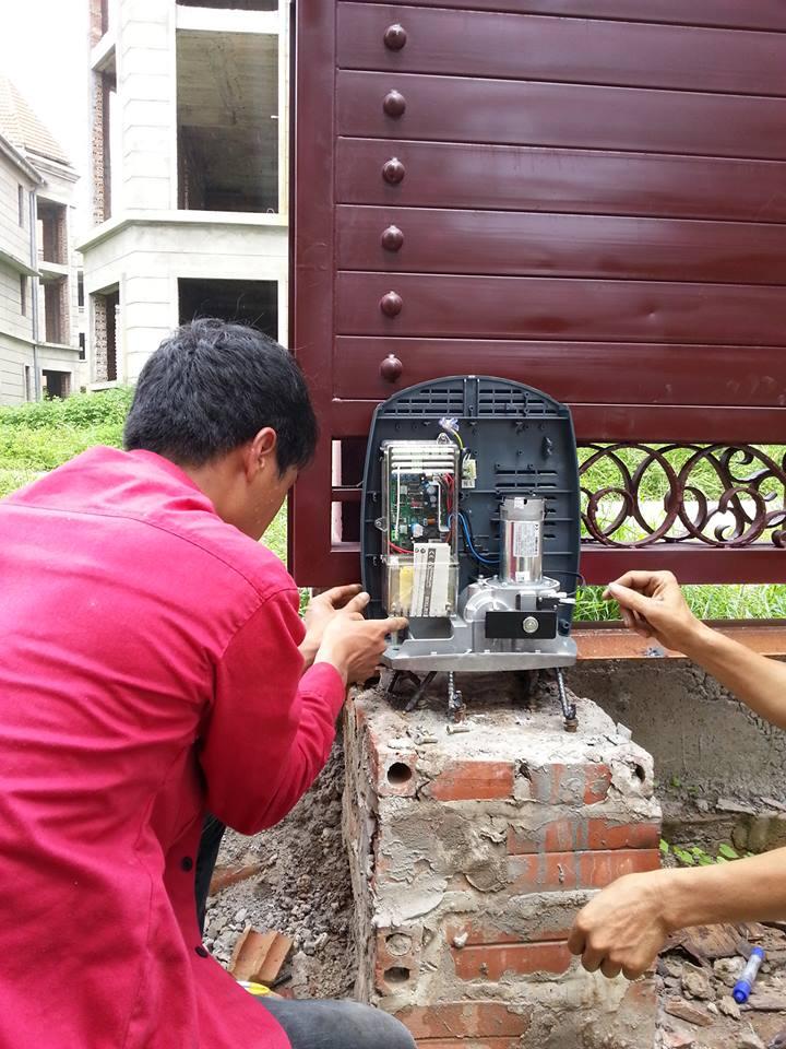 Công trình cửa tự động Ditec CS5 tại khu biệt thự Thiên Đường Bảo Sơn nhà anh long