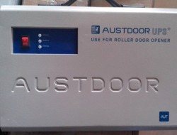 Bộ lưu điện cửa cuốn Austdoor DC AU7