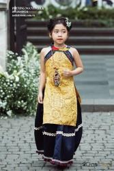 Sét yếm thổ cẩm màu vàng cho bé