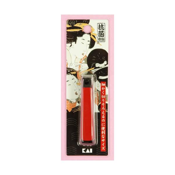 Bấm móng tay cỡ trung hình cô gái Nhật KAI