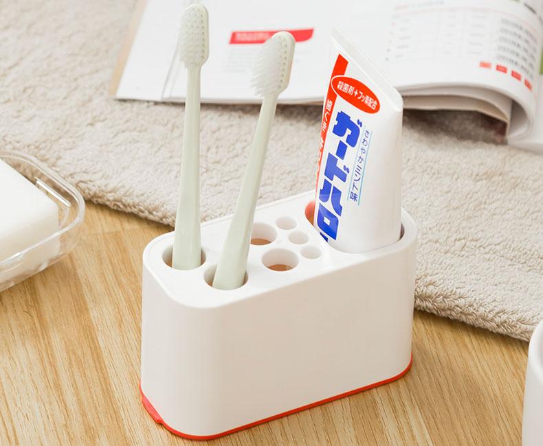 Giá cắm bàn chải kem đánh răng Sanada (màu trắng)