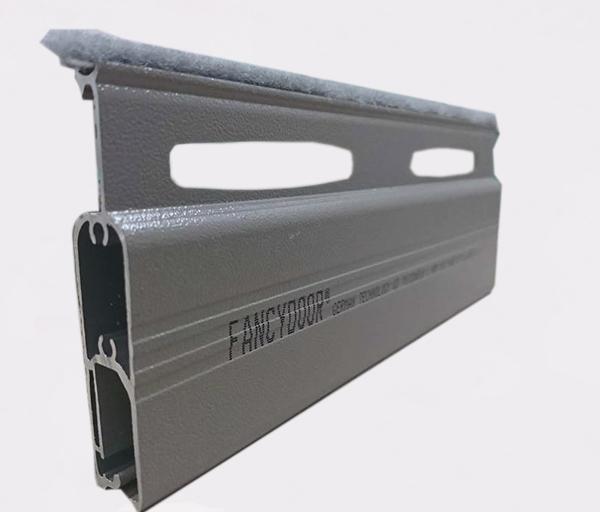 Cửa cuốn khe thoáng Fancydoor Q3